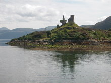 Isle Of Skye, Caisteal Maol, Kyleakin, Inverness-shire © Nevin Arrow